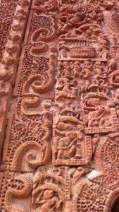 Détail des sculptures de Ghurisha