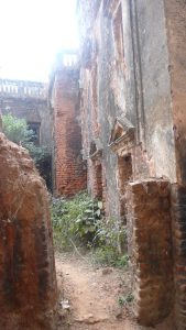 Les ruines de la maison
