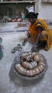 production de l'atelier qui fait travailler six femmes